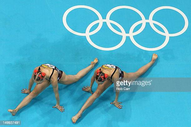Natalia Ishchenko and Svetlana Romashina of Russia prepare to compete in the Women's Duets Synchronised Swimming Free Routine Final on Day 11 of the...