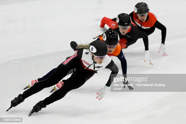 Natalia Maliszewska of Poland leads during the mixed 2000m relay during ISU World Cup Short Track Salt Lake City on November 10 2018 in Salt Lake...