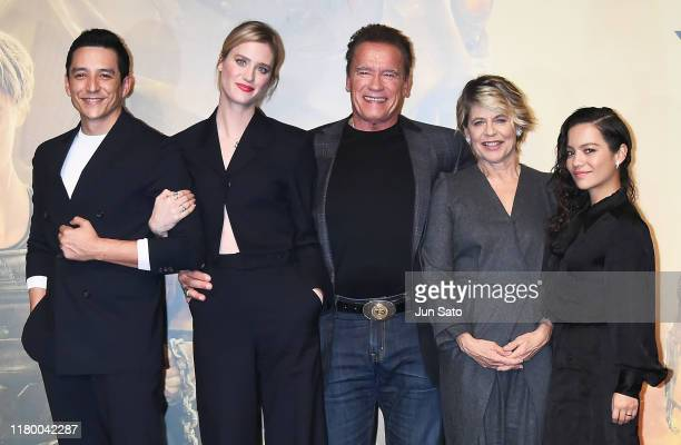 Natalia Reyes Linda Hamilton Arnold Schwarzenegger Mackenzie Davis and Gabriel Luna attend the press conference for the Japan premiere of 'Terminator...