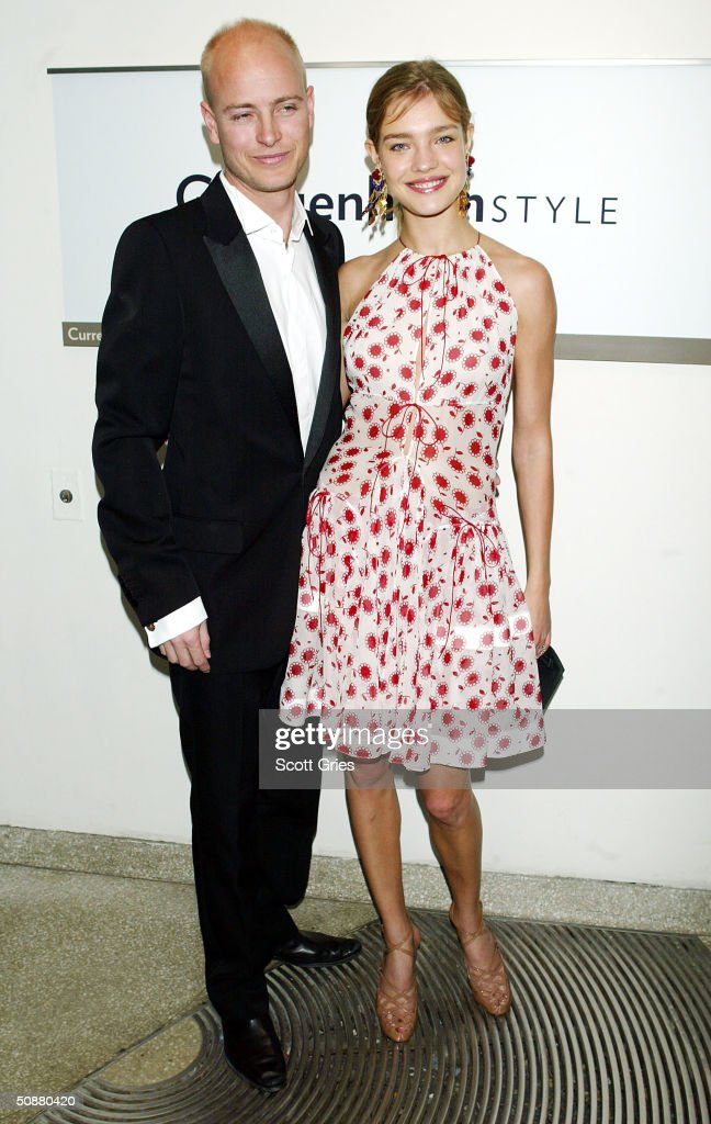 Natalia Vodianova and Justin Portman pose during a gala to honor Azzedine Alaia at the Guggenheim Museum May 20, 2004 in New York City.