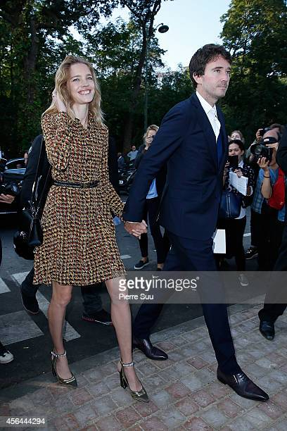 Natalia Vodianova Antoine Arnault attend the Louis Vuitton show as part of the Paris Fashion Week Womenswear Spring/Summer 2015 on October 1 2014 in...