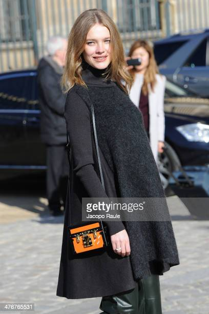 Natalia Vodianova arrives at the Louis Vuitton show as part of the Paris Fashion Week Womenswear Fall/Winter 20142015 on March 5 2014 in Paris France