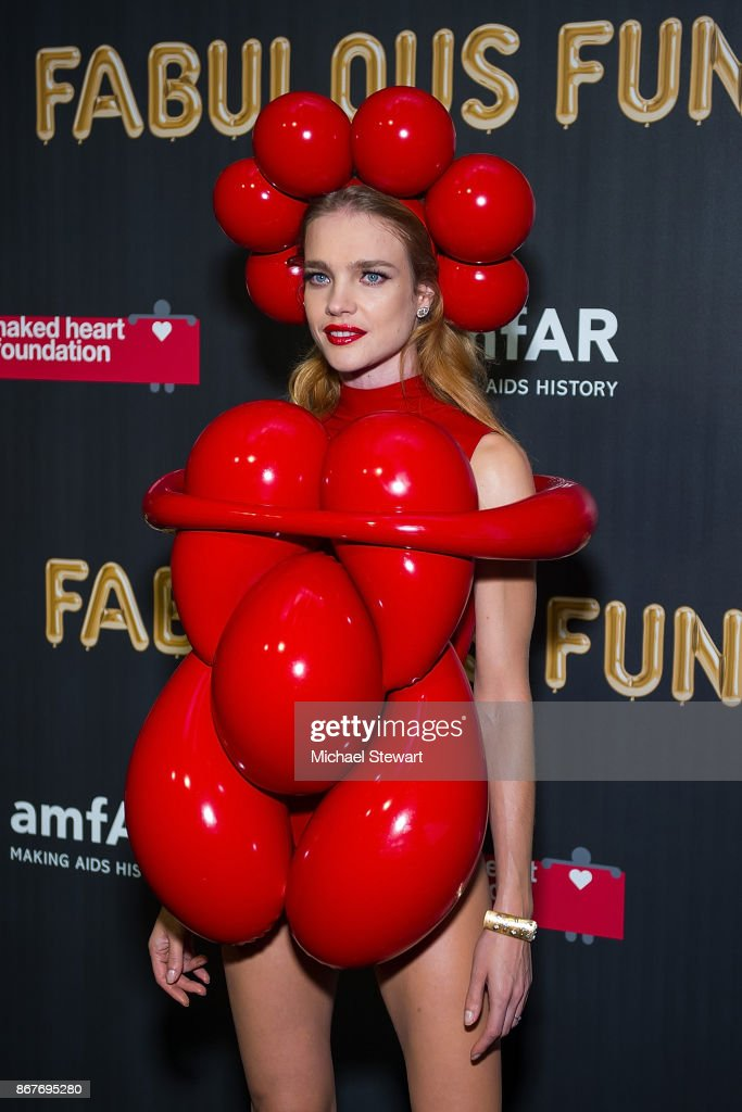 Natalia Vodianova attends 2017 amfAR and The Naked Heart Foundation Fabulous Fund Fair at Skylight Clarkson Sq on October 28, 2017 in New York City.
