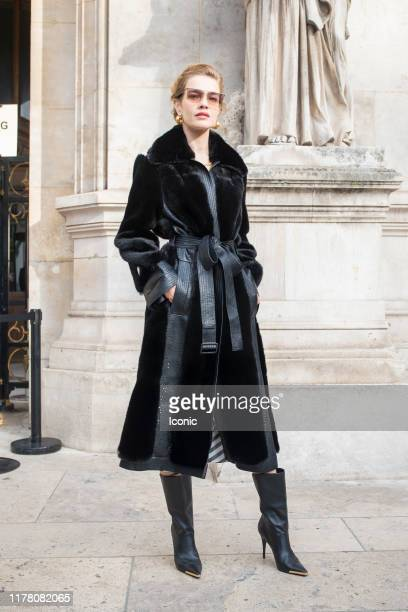 Natalia Vodianova attends the Stella McCartney Womenswear Spring/Summer 2020 show as part of Paris Fashion Week on September 30, 2019 in Paris,...