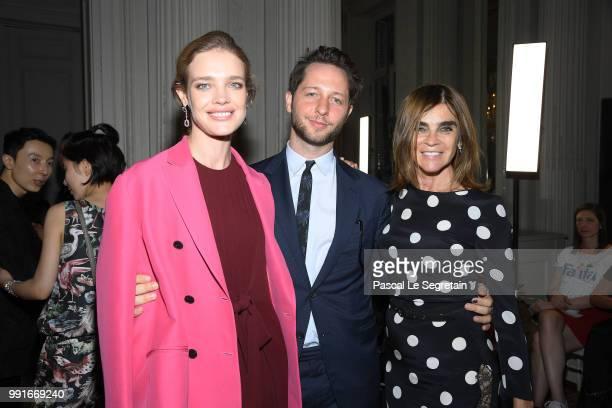 Natalia Vodianova Derek Blasberg and Carine Roitfeld attend the Valentino Haute Couture Fall Winter 2018/2019 show as part of Paris Fashion Week on...
