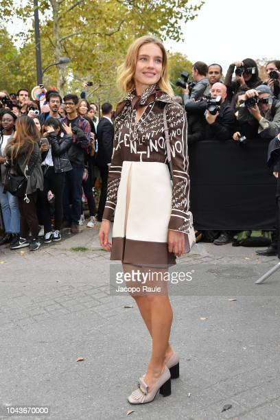 Natalia Vodianova is seen arriving at Valentino fashion show during Paris Fashion Week Womenswear Spring/Summer 2019 on September 30 2018 in Paris...