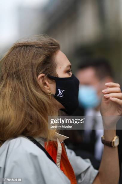 Natalia Vodianova seen wearing a complete Louis Vuitton look outside Louis Vuitton during Paris Fashion Week - Womenswear Spring Summer 2021 : Day...