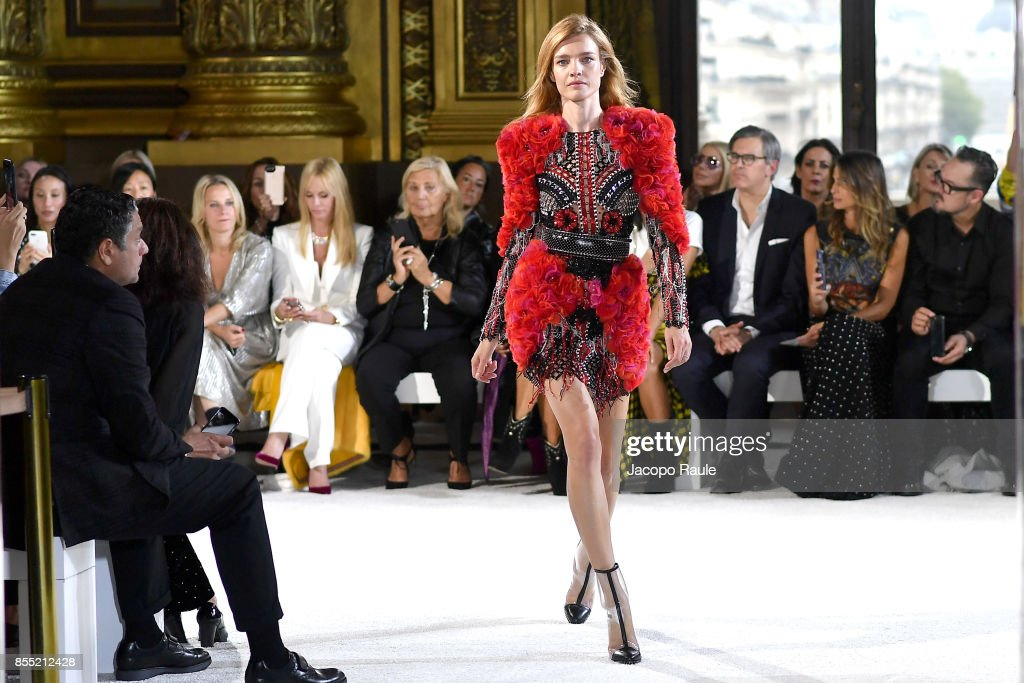 Natalia Vodianova walks the runway during the Balmain show as part of the Paris Fashion Week Womenswear Spring/Summer 2018 on September 28, 2017 in Paris, France.