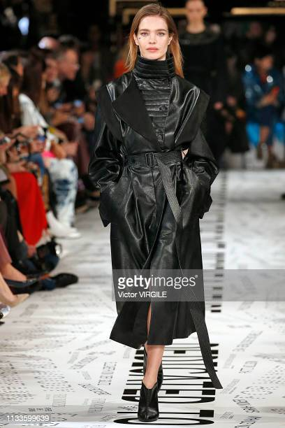 Natalia Vodianova walks the runway during the Stella McCartney Ready to Wear fashion show as part of the Paris Fashion Week Womenswear Fall/Winter...