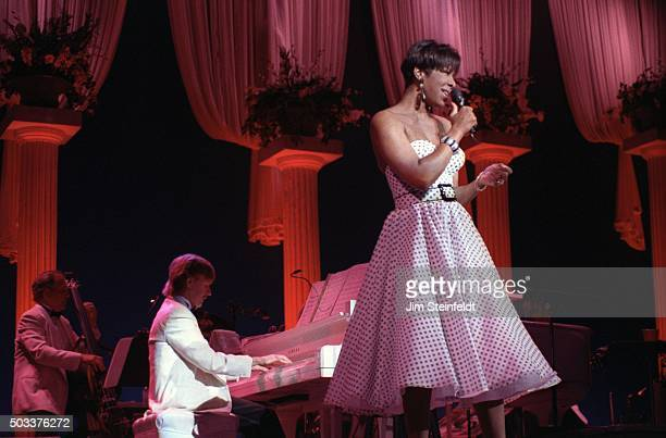 Natalie Cole performs at the Orpheum Theatre in Minneapolis Minnesota on July 28 1992
