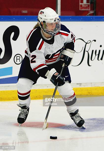 Natalie Darwitz of team USA handles the puck against team Germany in a IIHF World Women's Championships preliminary game at the Cloetta Center on...