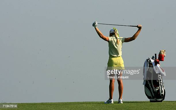 Natalie Gulbis Golf Stretch