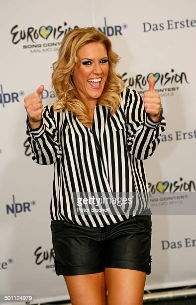 """Natalie Horler , ARD-Casting-Show """"Eurovision Song Contest 2013 - Unser Star für Malmö"""" , TUI Arena, Hannover, Niedersachsen, Deutschland, Europa,..."""