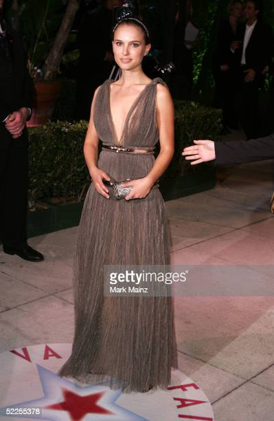 Natalie Portman arrives at the Vanity Fair Oscar Party at Morton's on February 27 2005 in West Hollywood California