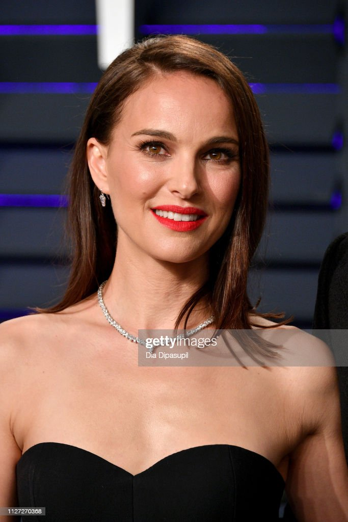 2019 Vanity Fair Oscar Party Hosted By Radhika Jones - Arrivals : News Photo
