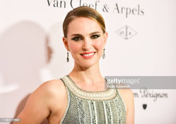 Natalie Portman attends the L.A. Dance Project Annual Gala at Hauser & Wirth on October 19, 2019 in Los Angeles, California.