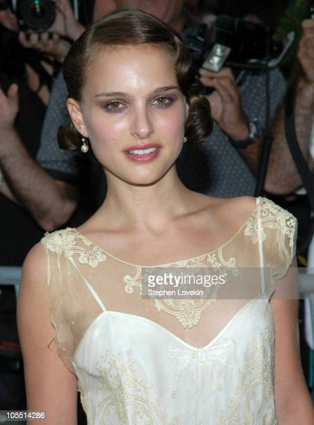 """Natalie Portman during """"Garden State"""" New York Premiere - Outside Arrivals at Chelsea Clearview Cinemas in New York City, New York, United States."""