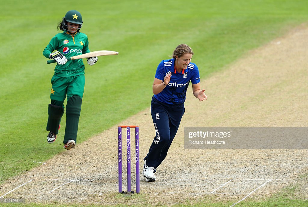 Natalie Sciver of England celebrates taking the wicket of Javeria Khan of Pakistan during the second Women's Royal London ODI match between England and Pakistan at New Road on June 22, 2016 in Worcester, England.