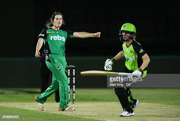'SYDNEY AUSTRALIA DECEMBER 10 Natalie Sciver of the Stars celebrates taking the wicket of Rachael Haynes of the Thunder during the Women's Big Bash...