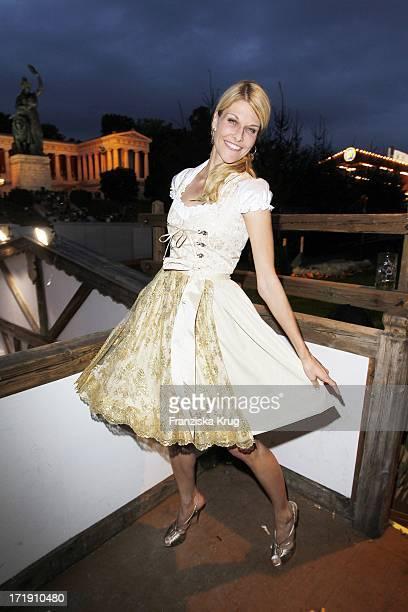 Natascha Grün Im Käferzelt Auf Dem Oktoberfest In München Am 180910