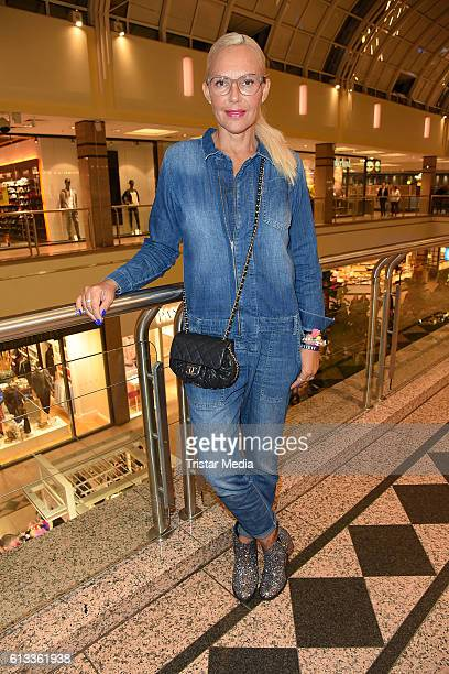 Natascha Ochsenknecht attends the Late Night Shopping Party on October 7 2016 in Hamburg Germany