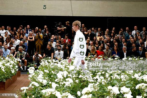 Natasha Andrews , Pierre Niney, Katia Toledano, her husband CEO Dior Sidney Toledano and Fashion Designer Raf Simons attend the Dior Homme Menswear...