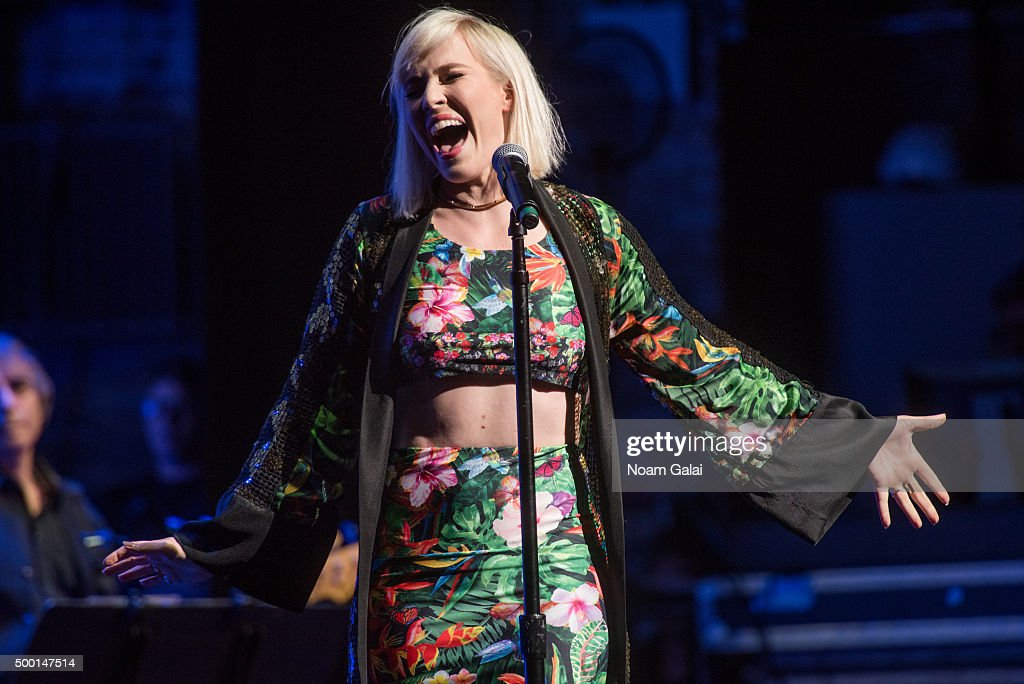 Natasha Bedingfield performs at the 5th Annual 'Cyndi Lauper and Friends: Home For The Holidays' benefit concert at The Beacon Theatre on December 5, 2015 in New York City.