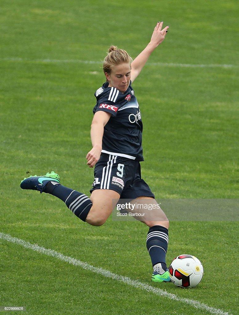 W-League Rd 2 - Melbourne v Newcastle