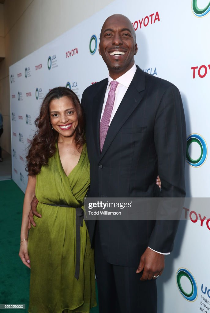 Natasha Duffy and John Salley attend the UCLA Institute Of The Environment And Sustainability Celebrates Innovators For A Healthy Planet on March 13, 2017 in Beverly Hills, California.