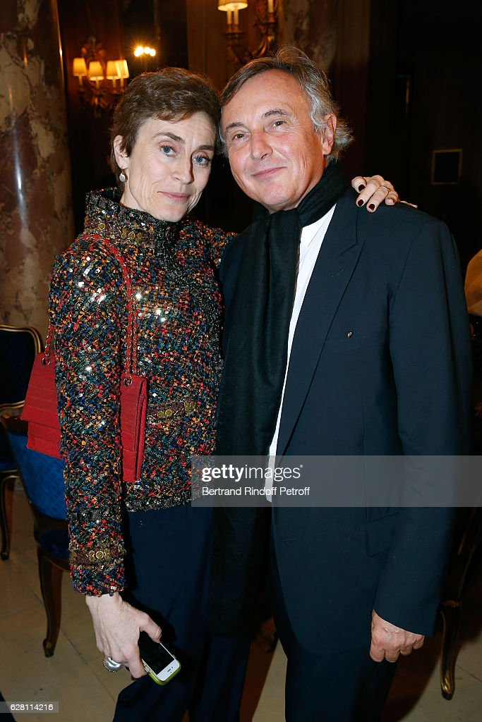 Natasha Fraser-Cavassoni and galerist Pierre Passebon attend the 'Chanel Collection des Metiers d'Art 2016/17 : Paris Cosmopolite'
