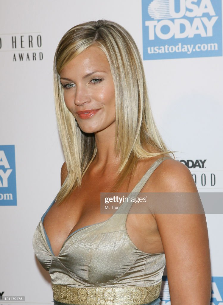 2nd Annual USA Today Hollywood Hero Award - Arrivals