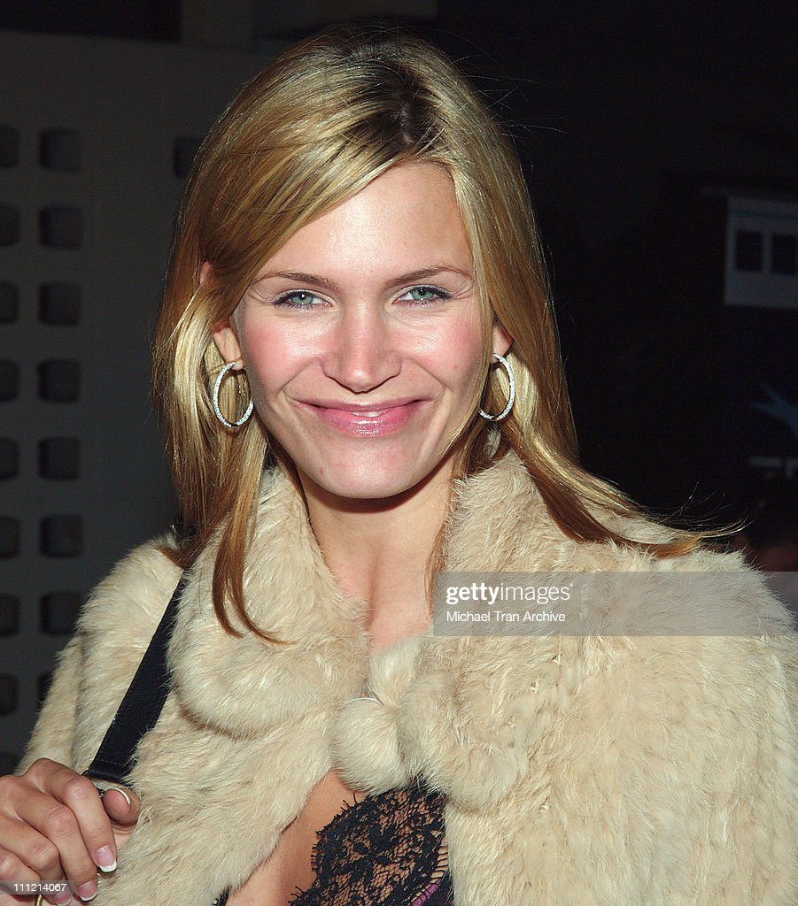 Natasha Henstridge during AFI Fest 2005 - 'The World's Fastest Indian' Los Angeles Premiere - Arrivals at Cinerama Dome - Arclight in Hollywood, California, United States.