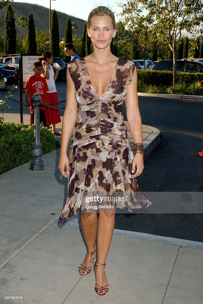 """Lisa Rinna and Harry Hamlin Celebrate the Opening of the Second """"belle gray"""" Boutique - Arrivals : News Photo"""