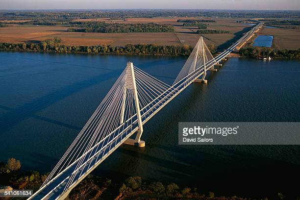 natcher bridge - オハイオ川 ストックフォトと画像