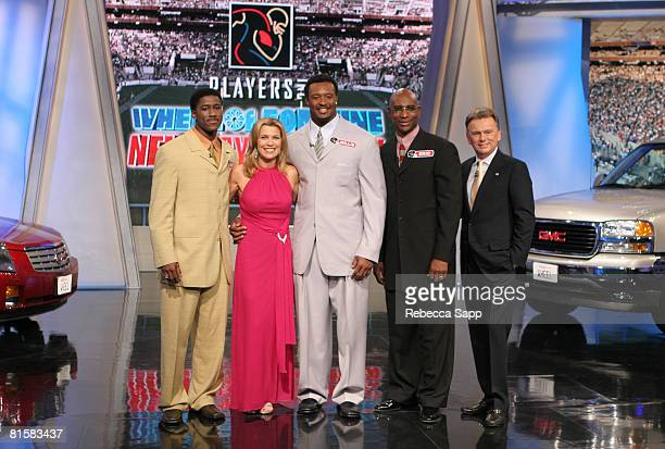 Nate Burleson Vanna White Willie McGinest Eric Dickerson and Pat Sajak
