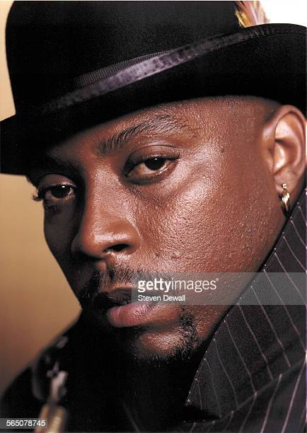 Nate Dogg poses for a studio portrait in Burbank, California, United States, May 2004.