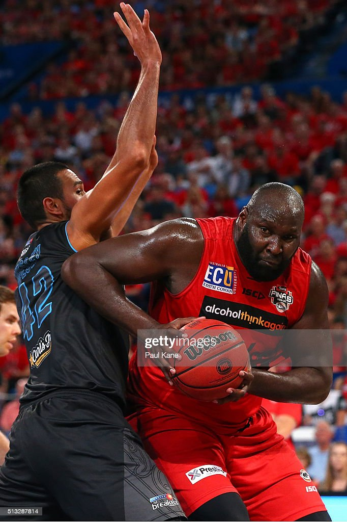 Nate Jawai of the Wildcats looks to go to the basket against Tai Wesley of the Breakers during game one of the NBL Grand FInal series between the Perth Wildcats and the New Zealand Breakers at Perth Arena on March 2, 2016 in Perth, Australia.