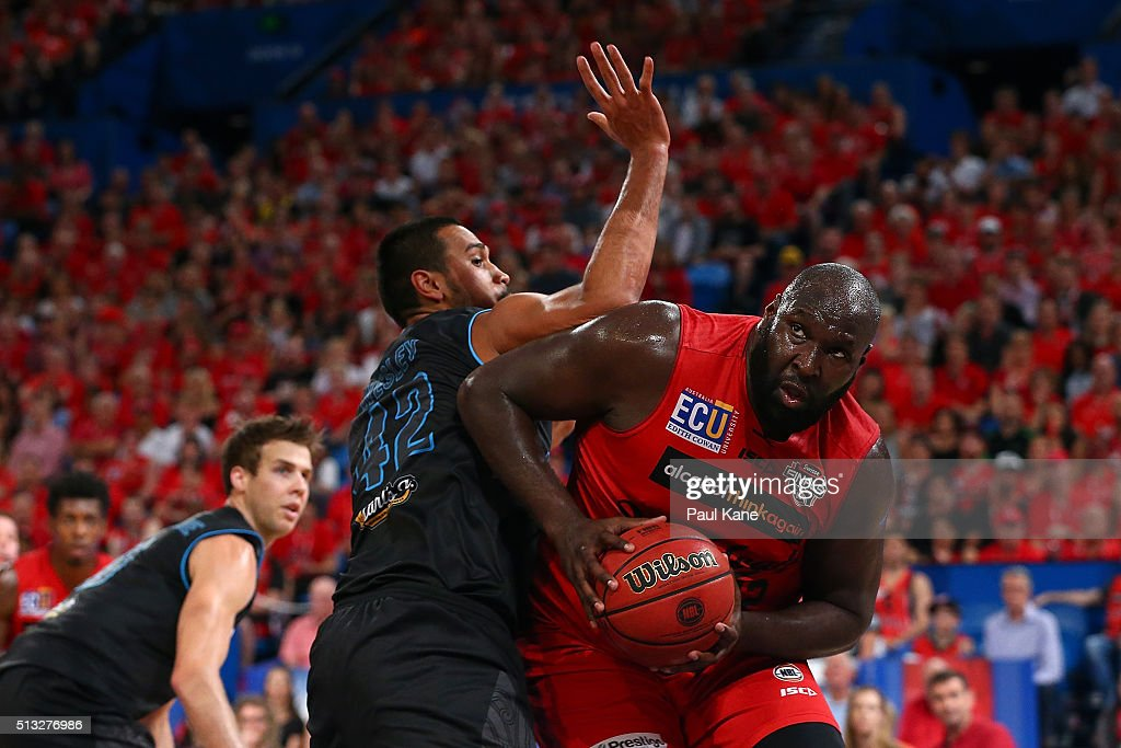 Nate Jawai of the Wildcats works to the basket against Tai Wesley of the Breakers during game one of the NBL Grand FInal series between the Perth Wildcats and the New Zealand Breakers at Perth Arena on March 2, 2016 in Perth, Australia.