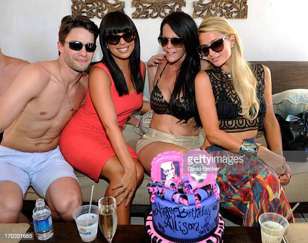 Nate Maaske Cheryl Burke Allison Melnick and Paris Hilton attend Melnick's birthday celebration at Daylight Beach Club at the Mandalay Bay Resort...