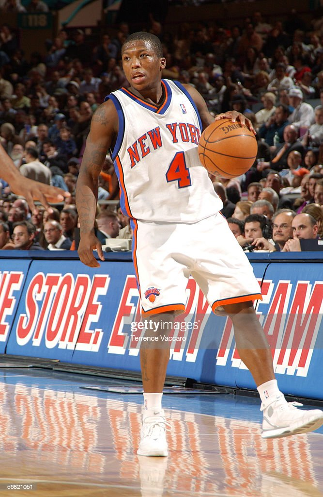 reputable site 34f0c 84295 Nate Robinson of the New York Knicks dribbles against the ...