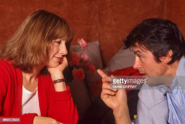 Nathalie Baye et Alain Delon lors du tournage du film 'Notre Histoire' réalisé par Bertrand Blier en 1984 Paris France