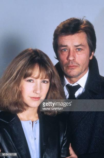 Nathalie Baye et Alain Delon poseent pour le film 'Notre Histoire' réalisé par Bertrand Blier en 1984 Paris France