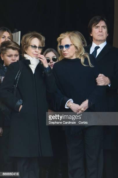 Nathalie Baye Sylvie Vartan and Tony Scotti during Johnny Hallyday's Funeral at Eglise De La Madeleine on December 9 2017 in Paris France France pays...