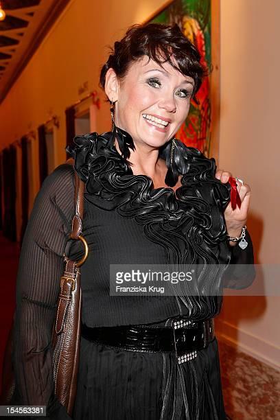 Nathalie Kollo attends the 'Kuenstler gegen Aids Gala 2012' at Theater des Westens on October 22 2012 in Berlin Germany