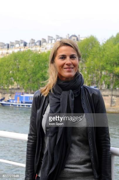 Nathalie SIMON maraine du Triathlon de Paris Conference de presse de presentation du Triathlon de Paris 2010 Paris