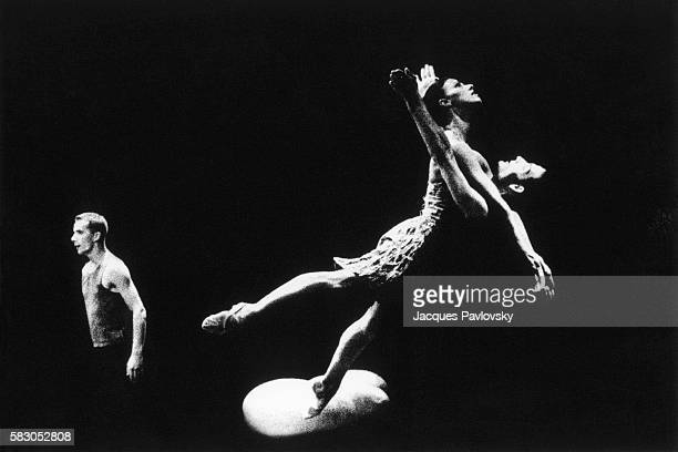 Nathalie Verspecht Isaias Jauregi and Cyril Lot performing the ballet 'Chambre d'Amour'