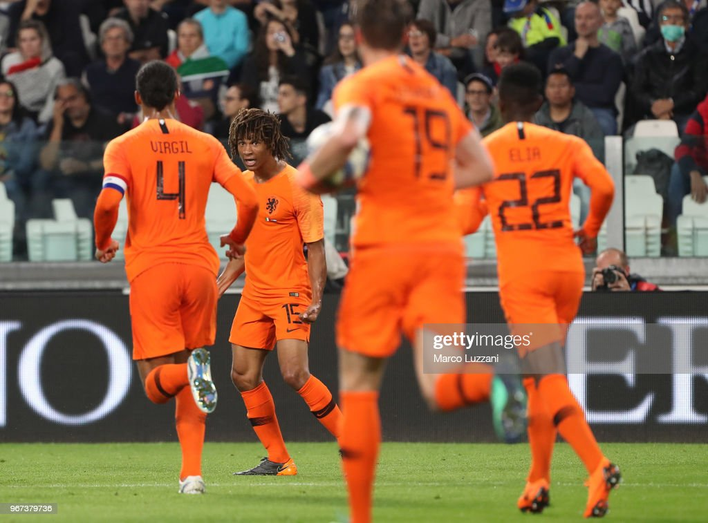 Nathan Ake of Holland celebrates after scoring the equalizing goal during the International Friendly match between Italy and Netherlands at Allianz Stadium on June 4, 2018 in Turin, Italy.