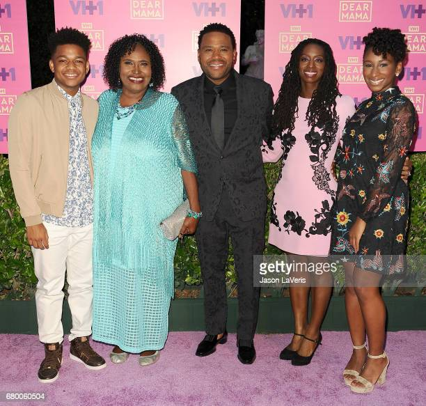 Nathan Anderson Doris Hancox host Anthony Anderson Alvina Stewart and Kyra Anderson attend VH1's 2nd annual Dear Mama An Event to Honor Moms on May 6...