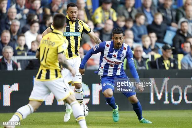 Nathan de Souza of Vitesse Lewis Baker of Vitesse Reza Ghoochannejhad of sc Heerenveenduring the Dutch Eredivisie match between Vitesse Arnhem and sc...