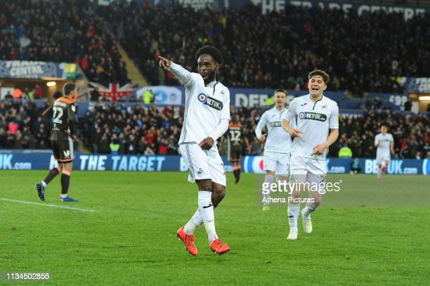 Nathan Dyer of Swansea City celebrates scoring his side's second goal during the Sky Bet Championship match between Swansea City and Brentford at the...